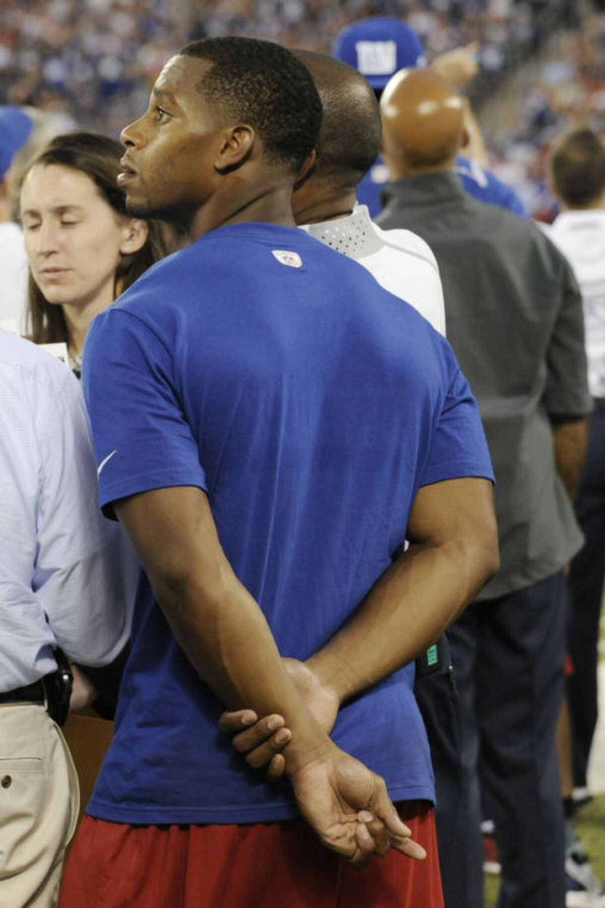 New York Giants wide receiver Victor Cruz (80) watches during the first half of an NFL preseason football game against the Indianapolis Colts, Sunday, Aug. 18, 2013, in East Rutherford, N.J. (AP Photo/Bill Kostroun)