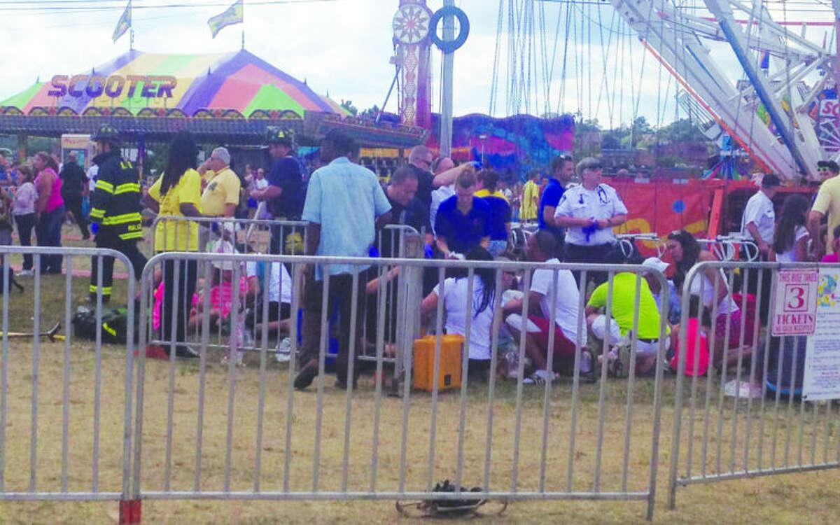 Swing ride malfunctions Oyster Fest