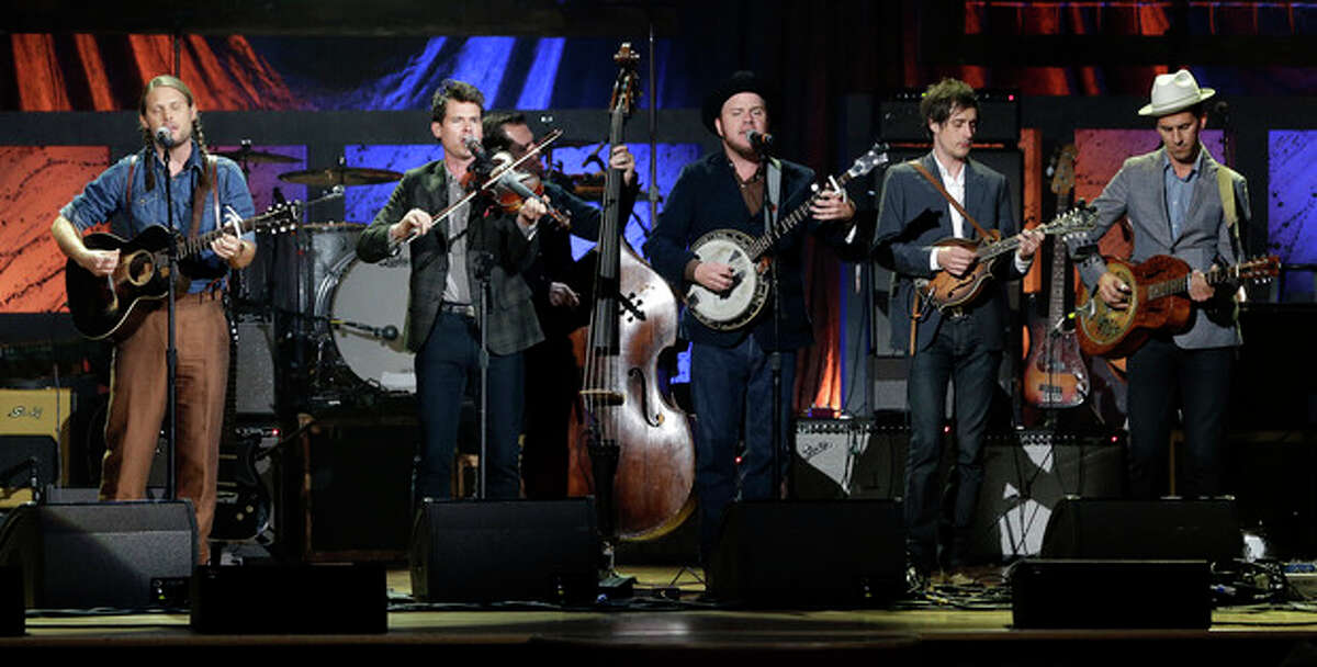 The Old Crow Medicine Show performs during the Americana Honors and Awards show on Wednesday, Sept. 18, 2013, in Nashville, Tenn. (AP Photo/Mark Humphrey)