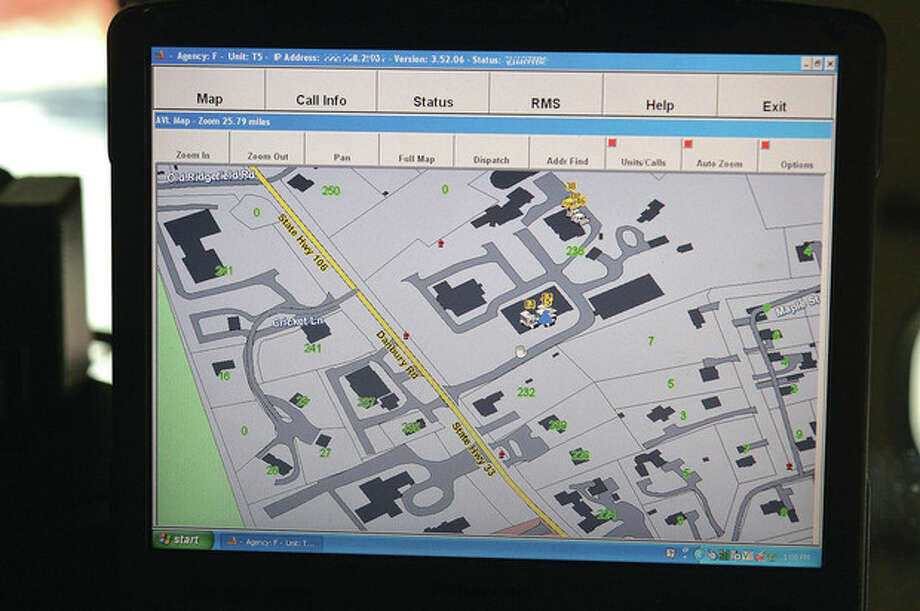 Hour Photo/Alex von KleydorffThe screen of the Mobile Data Unit shows vehicles at the Town Hall complex