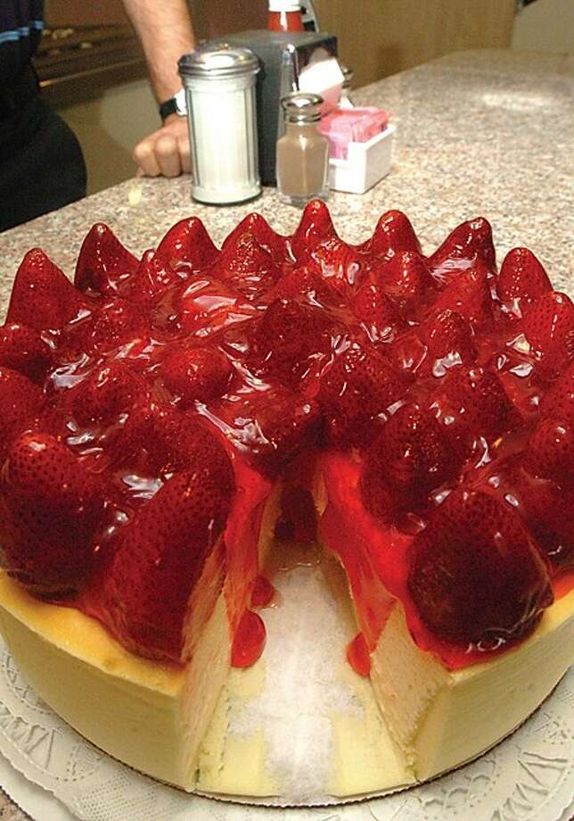 Strawberry cheese cake at the Silver Star diner in Norwalk which is celebrating it''s 30th year. hour photo/matthew vinci