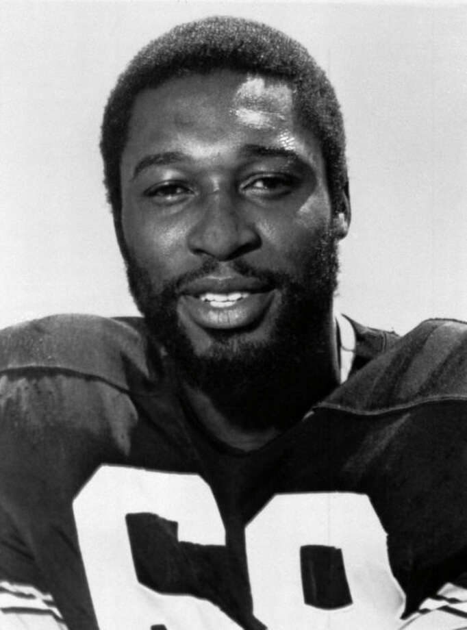 "FILE - This is a 1977 file photo showing Pittsburgh Steelers football player L.C. Greenwood. Greenwood, who won four Super Bowls as a member of the ""Steel Curtain"" defense, died Sunday, Sept. 29, 2013 at Presbyterian Hospital in Pittsburgh. He was 67. (AP Photo/File)"