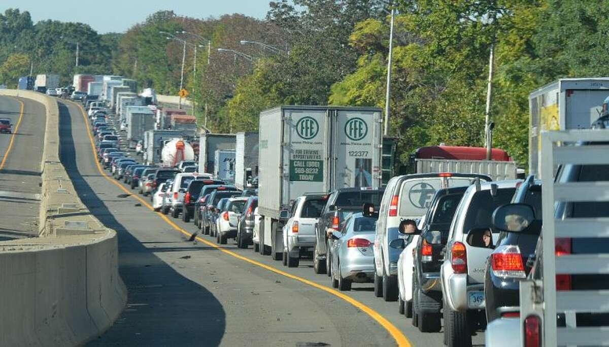 Hour Photo/Alex von Kleydorff. Traffic on I 95 Tuesday morning