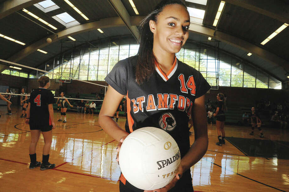 Briana Gordon, Stamford High girls volleytball. photo/Matthew Vinci