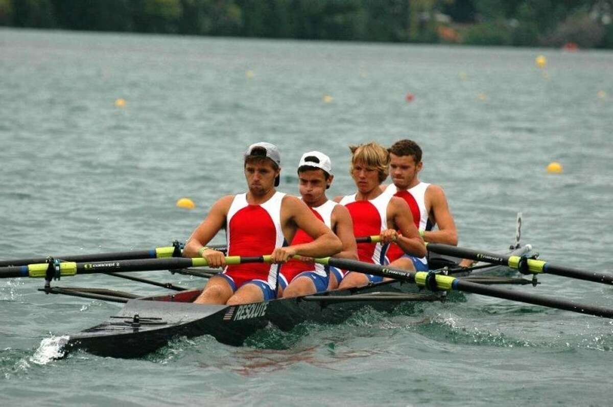 Norwalk Rowing heads to Canada