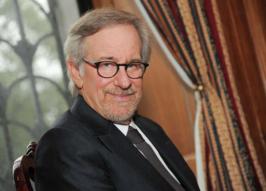 Filmmaker Steven Spielberg poses at the Museum of Natural History before the Ambassadors For Humanity Gala honoring George Clooney on Thursday, Oct. 3, 2013 in New York. (Photo by Evan Agostini/Invision/AP) / Invision