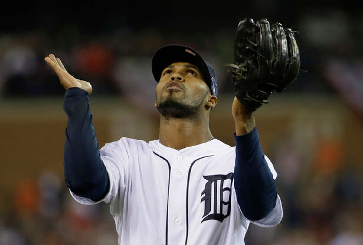 Detroit Tigers' Al Alburquerque looks up at the end of top of the ninth inning during Game 3 of the American League baseball championship series against the Boston Red Sox Tuesday, Oct. 15, 2013, in Detroit. (AP Photo/Matt Slocum)