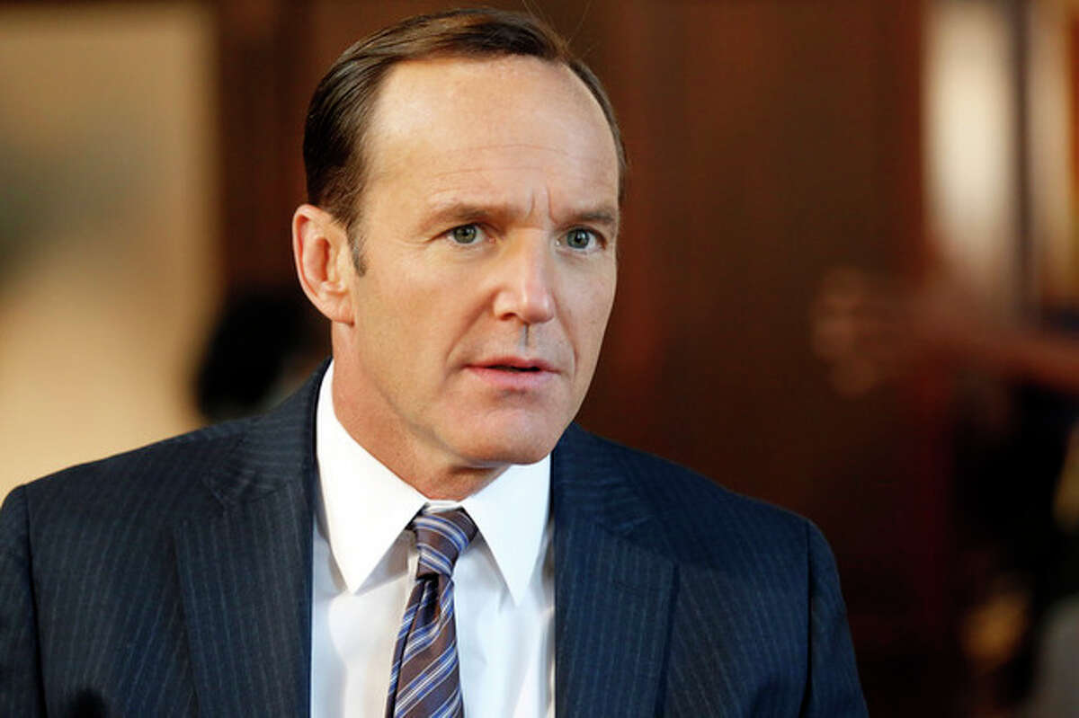 """AP Photo/ABC, Justin Lubin This image released by ABC shows Clark Gregg in a scene from """"Marvel's Agents of S.H.I.E.L.D."""""""