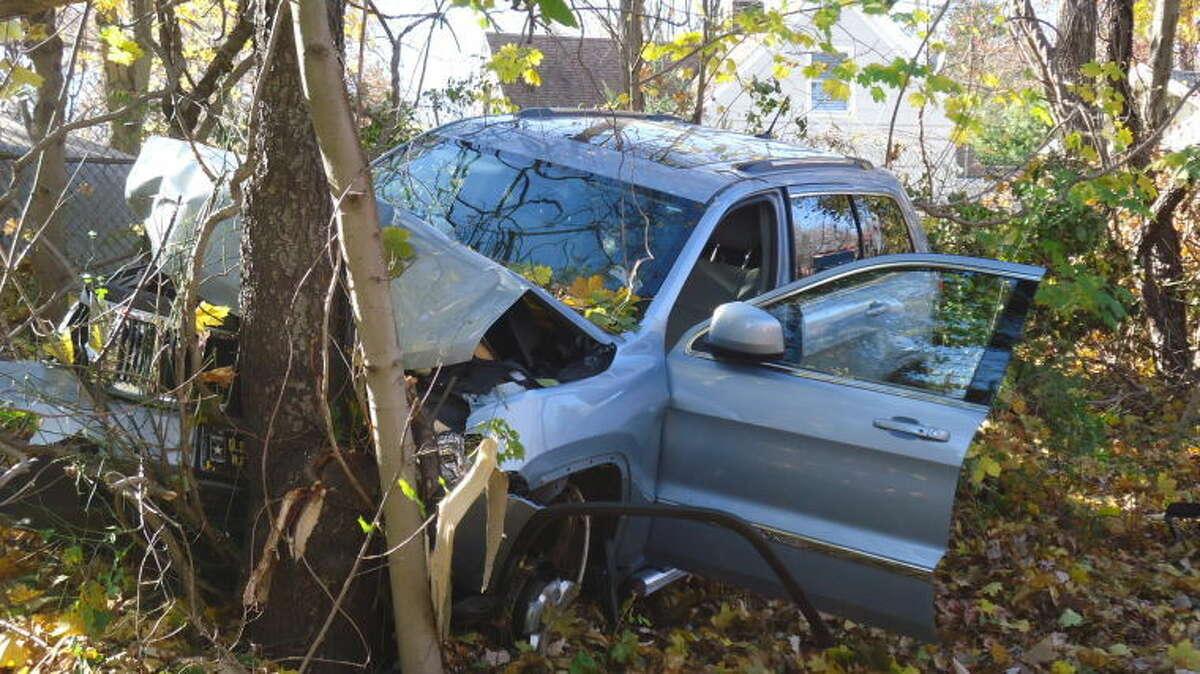 Car into tree