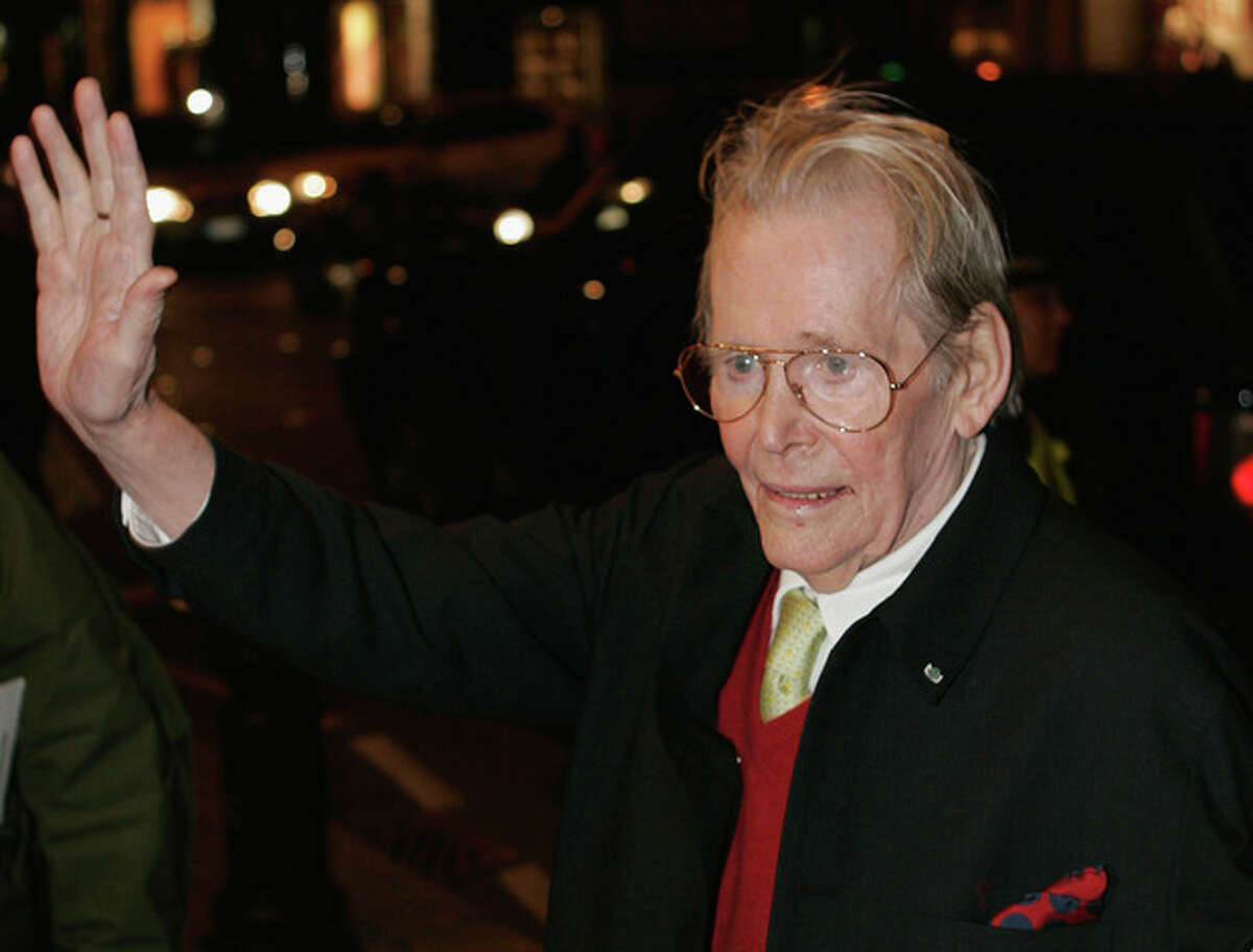 FILE In this Monday, Jan. 22, 2007 file photo, British actor Peter O'Toole arrives for the British premiere of his latest film 'Venus' at a central London cinema, Peter O'Toole, the charismatic actor who achieved instant stardom as Lawrence of Arabia and was nominated eight times for an Academy Award, has died, it was announced on Sunday, Dec. 15, 2013. He was 81. (AP Photo/Lefteris Pitarakis, File)
