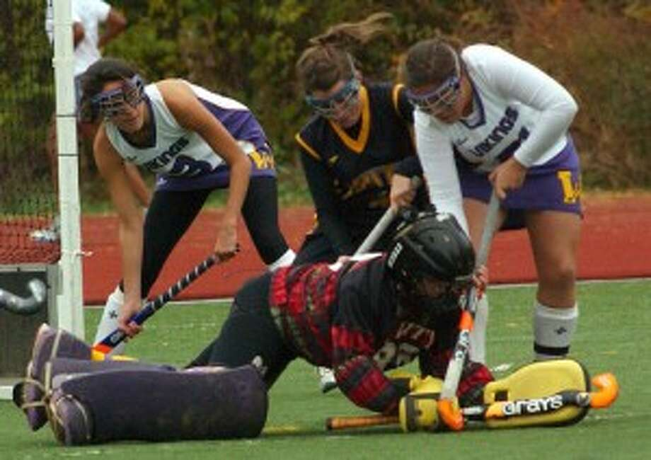 Tournament Time - Stamford, Westhill field hockey win