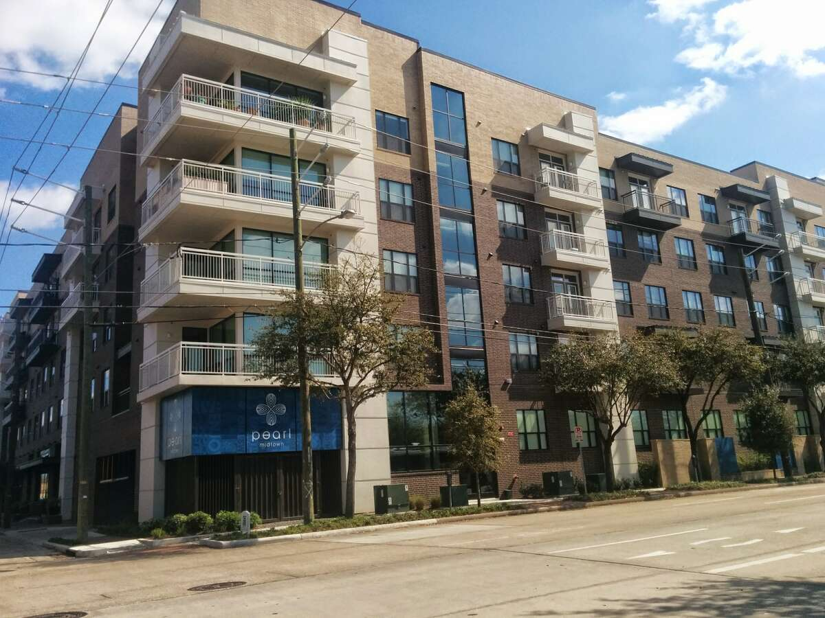 Pearl Midtown - 2014-2015 Lease-up. 3101 Smith, Houston, TX 77006.