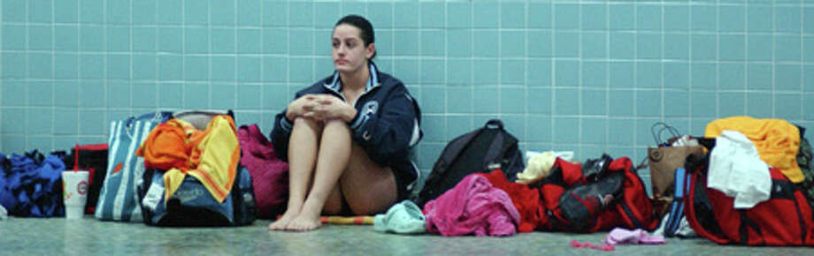 """Katie Warburg delivers """"The Moment"""" en route to FCIAC diving championship"""