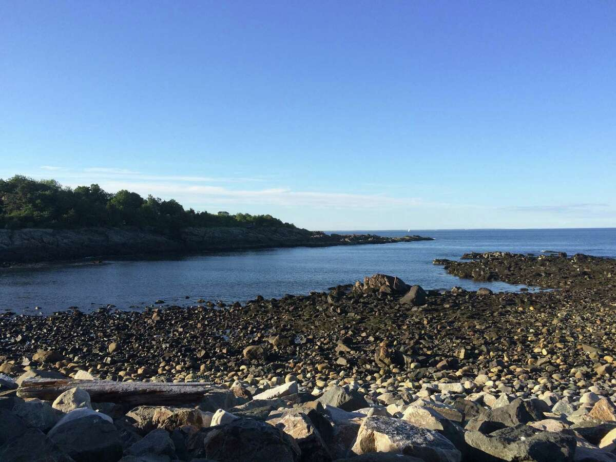 A view of Oarweed Cove from Oarweed Restaurant and the Marginal Way in Ogunquit, Maine (Peggy Hogan-Rao)