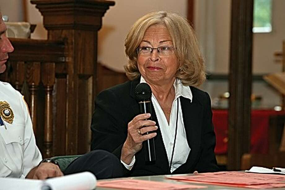 """Judge Mary E. Sommer speaks as a panelist during """"Let Me Read You Your Rights"""" at Canaan Institutional Baptist Church in Norwalk Friday afternoon. Hour Photo / Danielle Robinson"""