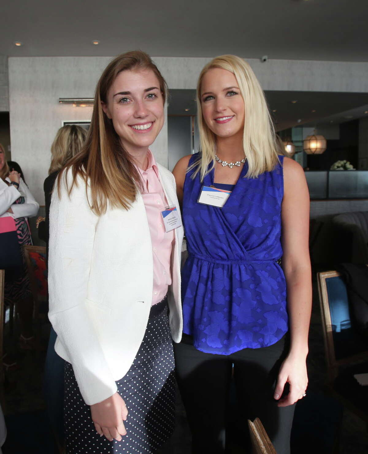 Beatrice Waesche and Shannon LeMaster at Ellevate Houston's executive breakfast.