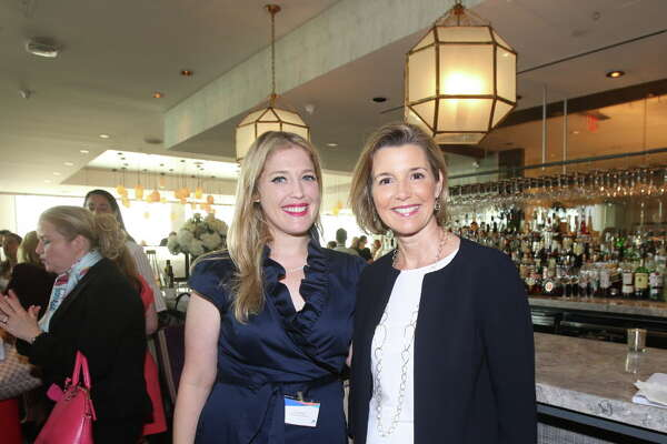 Jen Roosth and Sally Krawcheck at Ellevate Houston's executive breakfast.