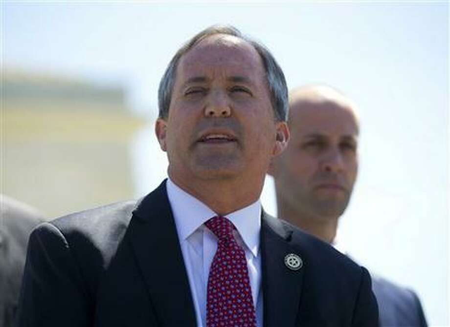 Texas Attorneg General Ken Paxton had intervened in a lawsuit on behalf of ExxonMobile after the attorney general of the Virgin Islands had issued a subpoena to the company for records regarding climate change research. (AP Foto/Pablo Martínez Monsiváis)