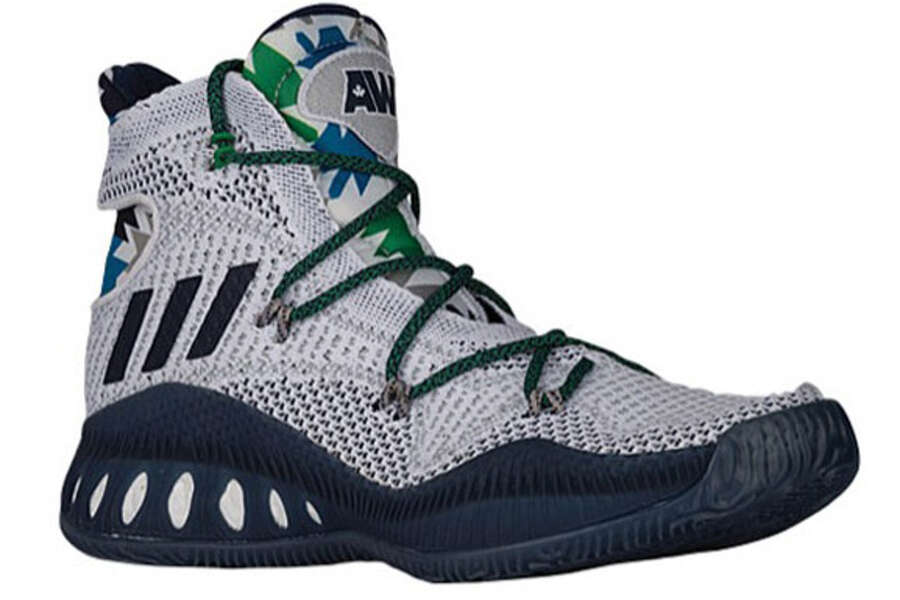 Stephen Curry\u0027s Under Armour shoes among ugliest basketball