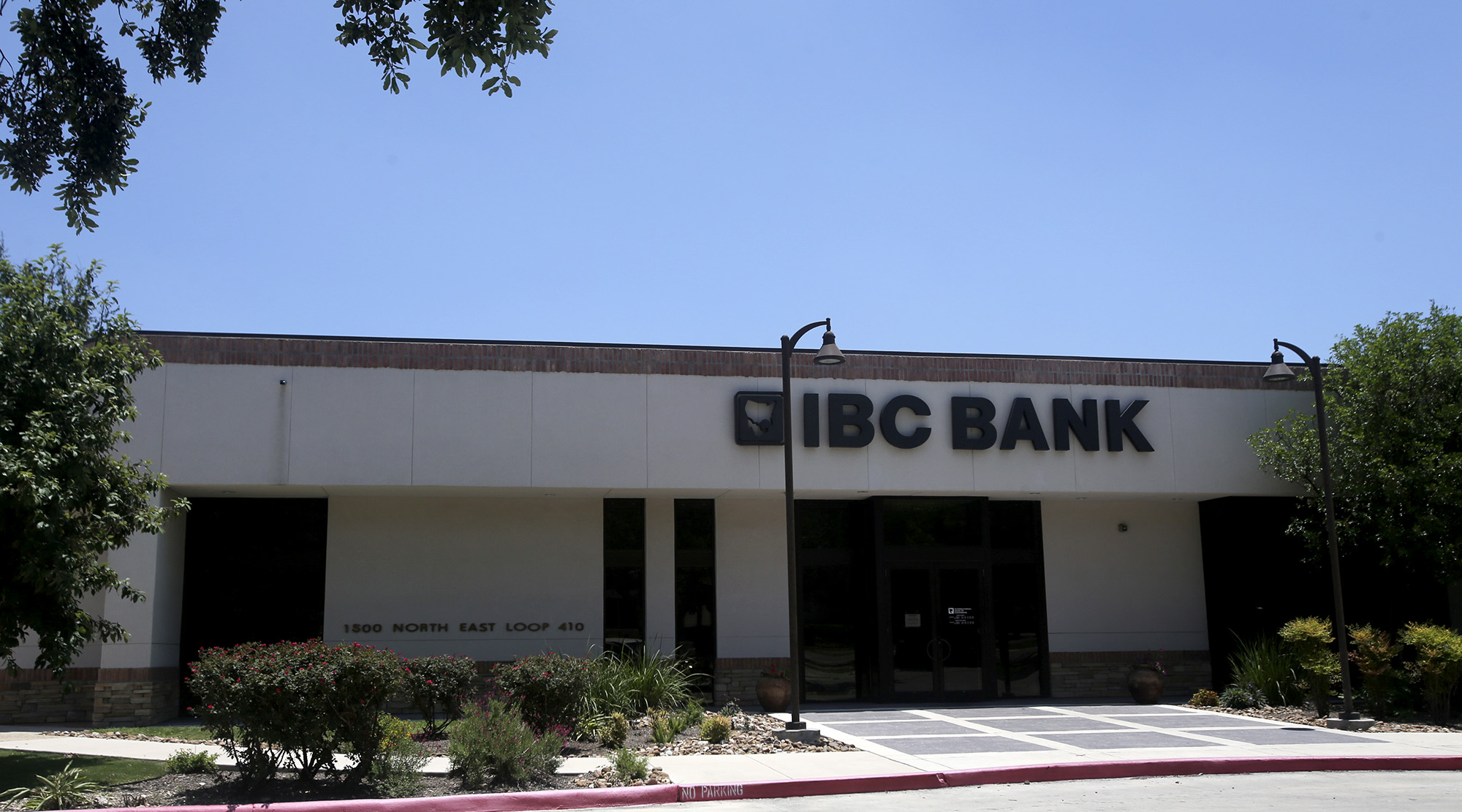 Backlash For Bank Following Trump Endorsement San