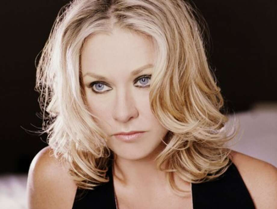 Shelby Lynne takes stage at the Fairfield Theatre Company on July 6.