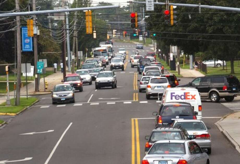 Common Council to vote Tuesday on a resolution to widen East Ave. Hour photo / Erik Trautmann