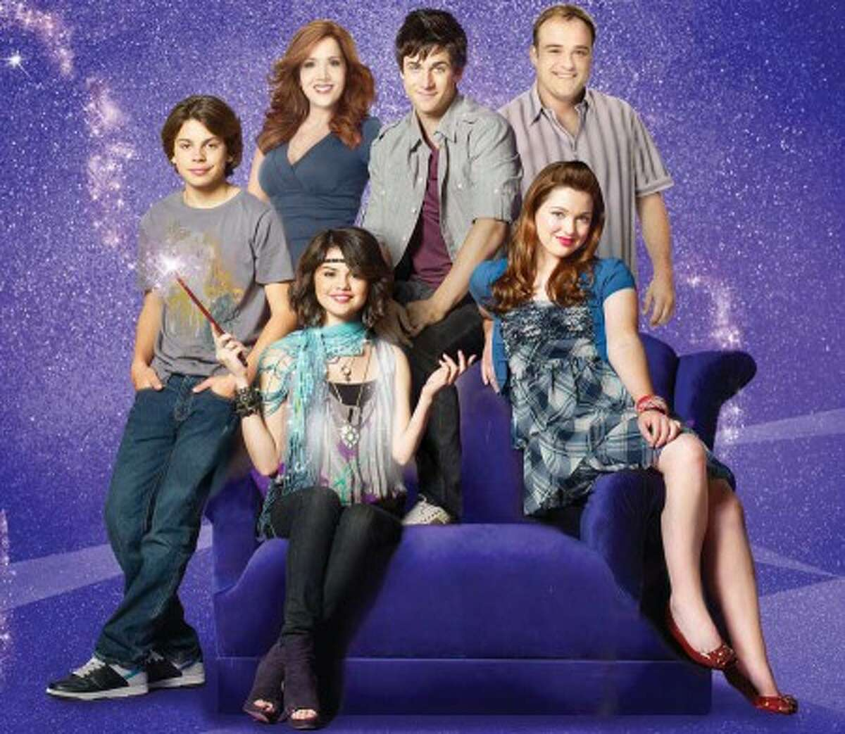 """Disney Channel original movie based on the series """"Wizards of Waverly Place"""" stars David DeLuise as Jerry Russo, Jake T. Austin as Max Russo, Selena Gomez as Alex Russo, David Henrie as Justin Russo and Maria Canals-Barrera as Theresa Russo. (Bob D''Amico/Disney Channel/MCT)"""