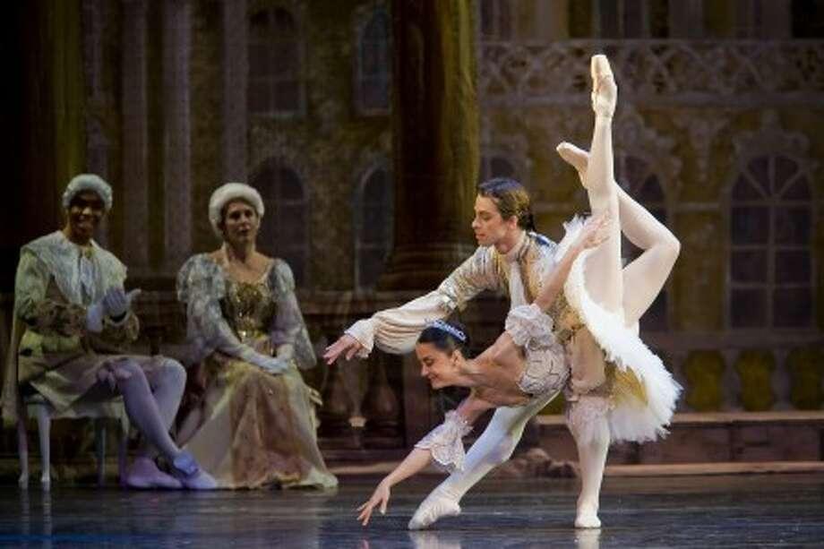 "Connecticut Ballet''s ""Romeo and Juliet"" (Photo/Ben Gancsos)"