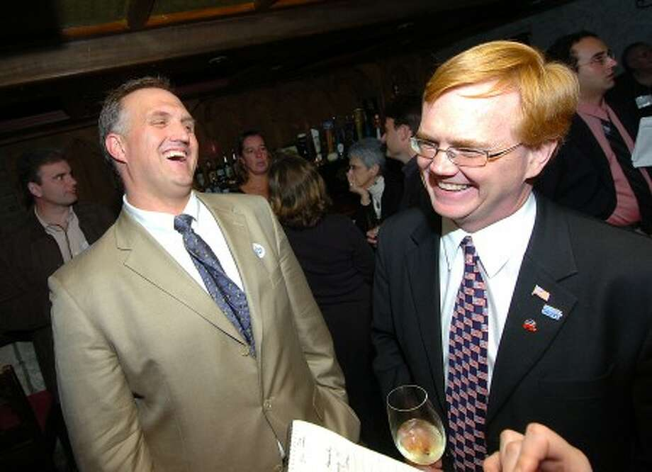 Photo/Alex von Kleydorff. l-r Fritz Blau and Frank Browne at Dragonfly with the Republicans.
