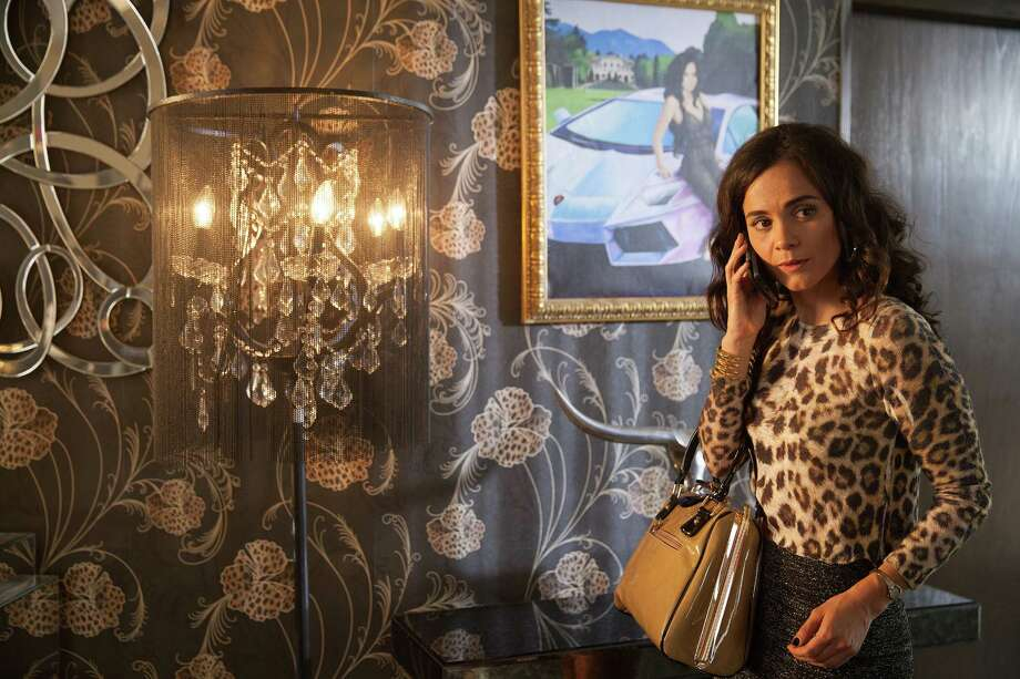 """Alice Braga as determined Mexican drug cartel survivor Teresa Mendoza is both captivating and grittily real in the Texas-filmed drama """"Queen of the South."""" Photo: USA Network / 2015 USA Network Media, LLC"""