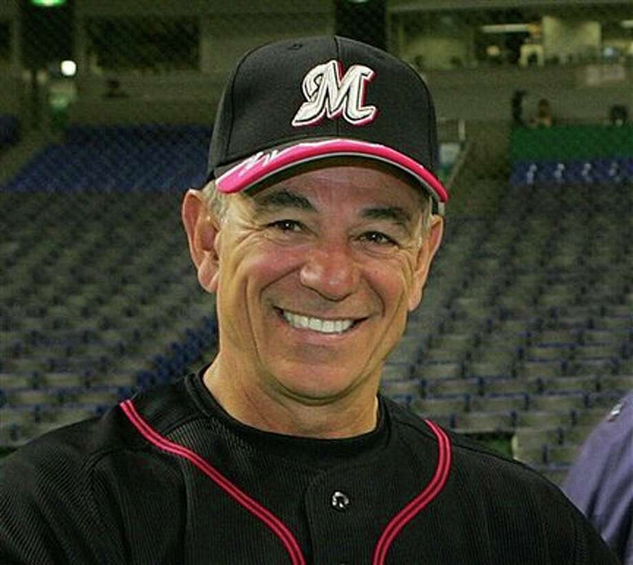 """FILE -- This is a Feb. 28, 2006, file photo showing Bobby Valentine, Japan's Chiba Lotte Marines team manager, before an exhibition game at Tokyo Dome in Tokyo. Bobby Valentine is returning to ESPN as an analyst on """"Baseball Tonight"""" for the league championship series and World Series. ESPN announced Tuesday, Sept. 29, 2009, that the former New York Mets manager will assume a larger role in the 2010 season. (AP Photo/Katsumi Kasahara, File) / AP2006"""