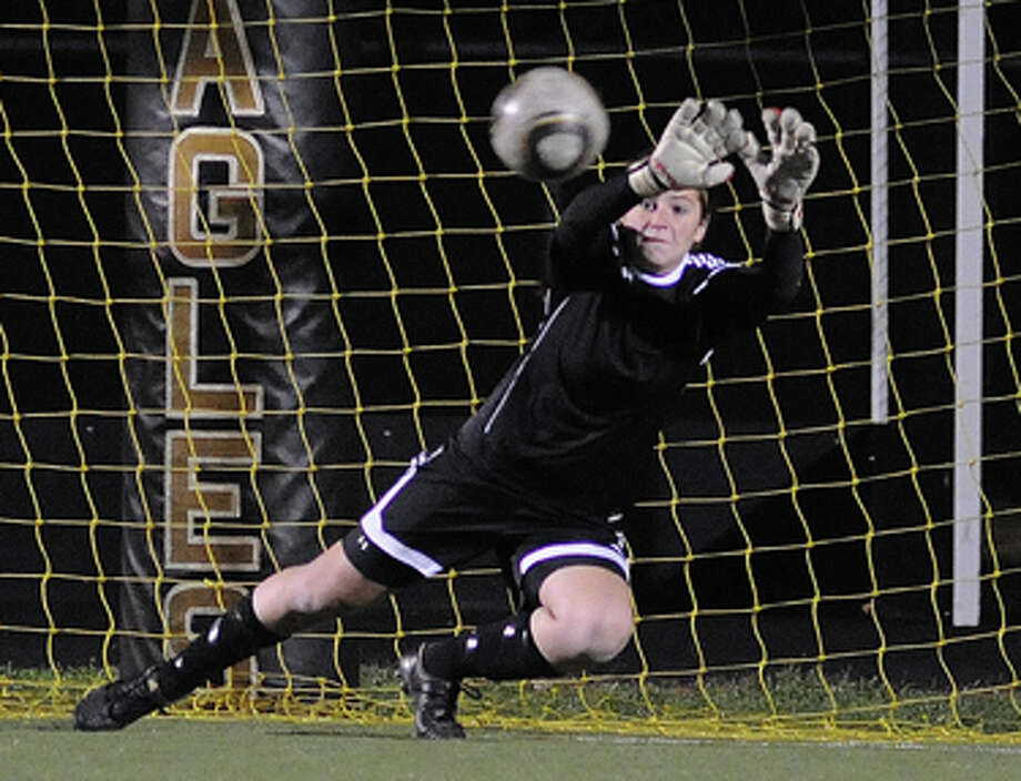 Is Jenn Osher the best goalkeeper in the state? I vote yes.