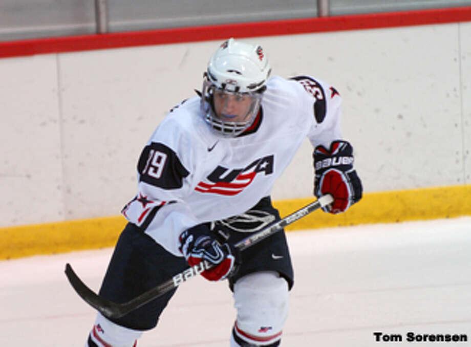 Ryan Haggerty to sign with RPI hockey program