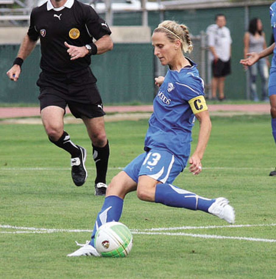 Lilly comes home, but Breakers broken by Beat