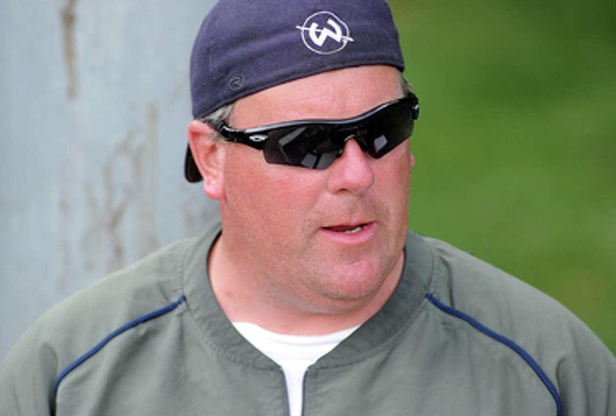 Bruce Cunningham resigns as Wilton softball coach