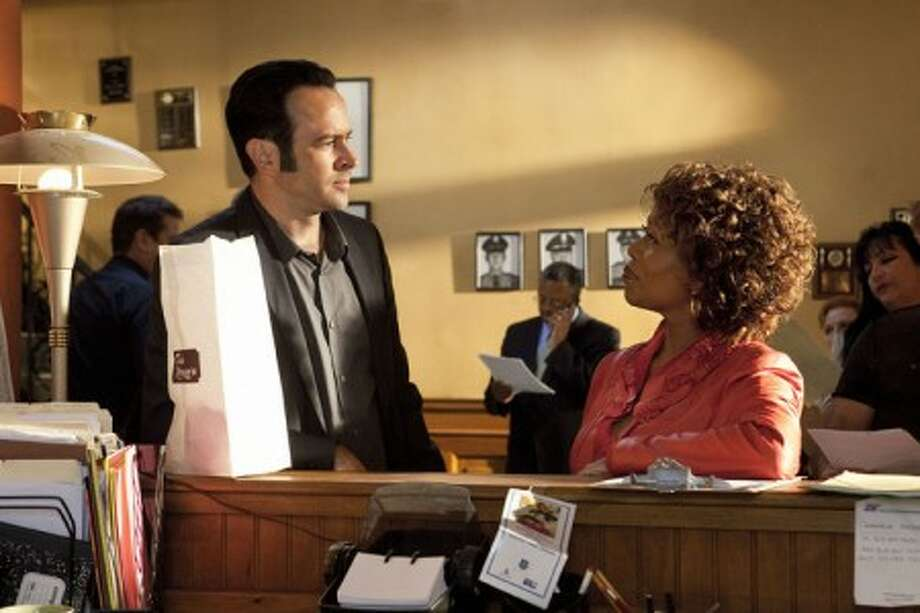 "Jason Lee stars as Dwight Hendricks, a Memphis police detective, left, and Alfre Woodard stars as Celia Weston in ""Memphis Beat."" (AP Photo/TNT)"