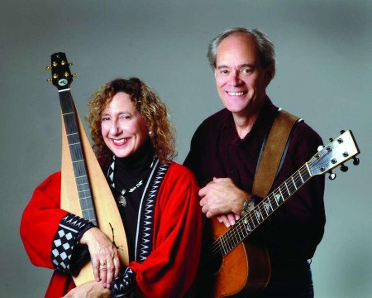 Magpie harmonizes at Good Folk Coffeehouse this weekend