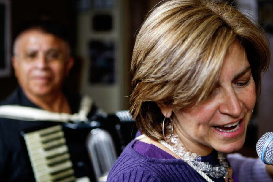 Patricia Gras playing with Barandua in 2011. Photo: Nick De La Torre, Houston Chronicle / Houston Chronicle