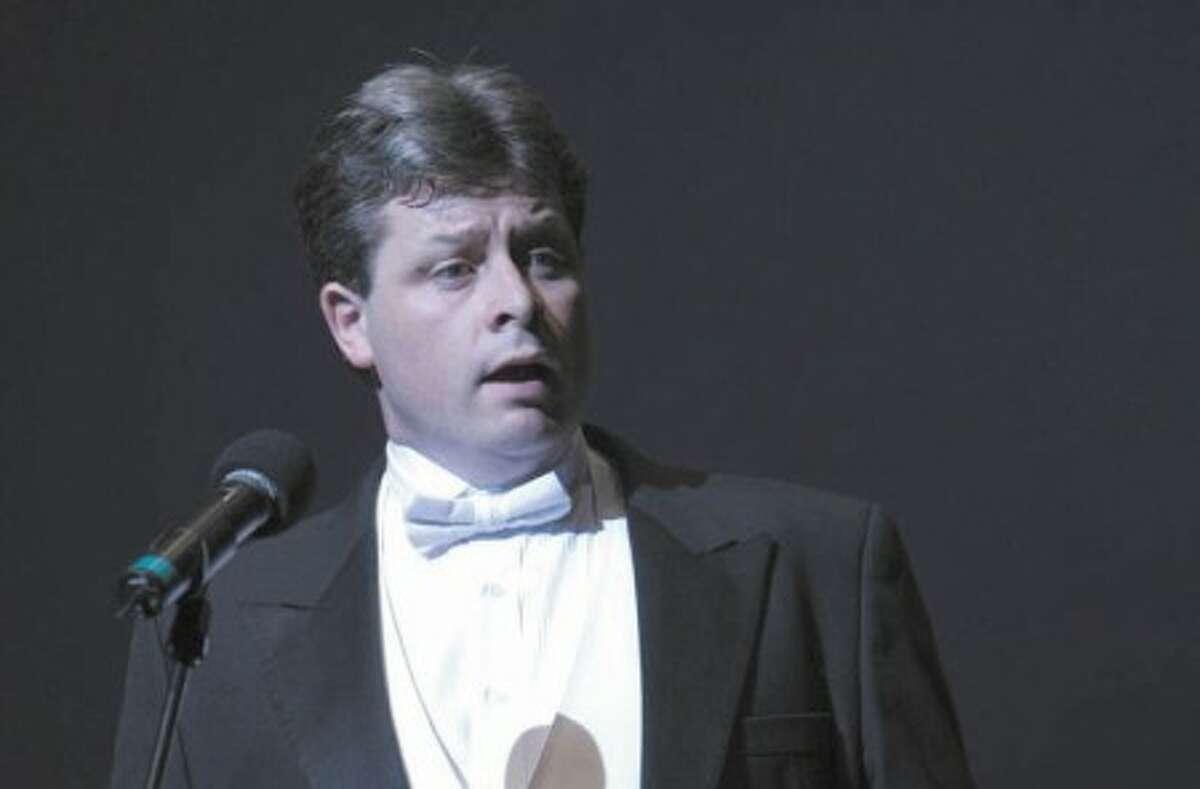 Irish Tenor to perform benefit concert in Wilton