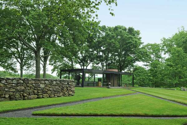 In Connecticut An Inspiring Tour Of Philip Johnson S Glass House