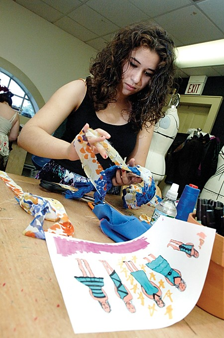 Fashion And Design School Looks To Open In Norwalk The Hour