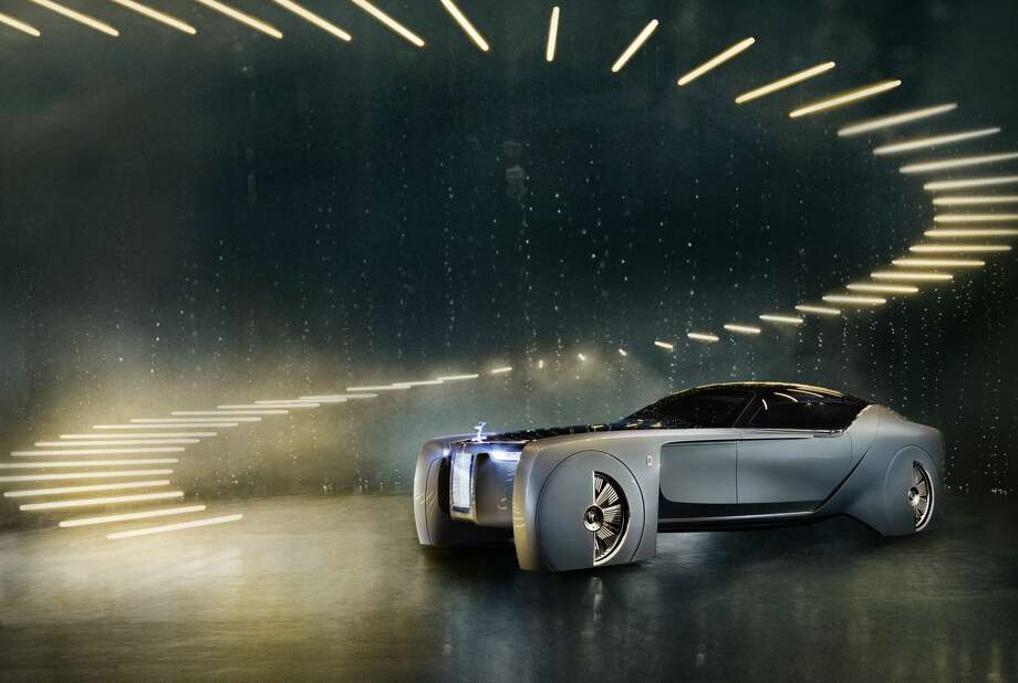 Rolls-Royce Vision Next 100 boasts futuristic designs, but maintains - and even elevates - the car brand's signature luxury features. Photo: Rolls-Royce Handout