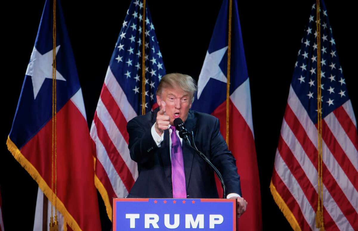 Donald Trump campaigns at an event in The Woodlands, a suburb of Houston, June 17, 2016. The presumptive Republican nominee was headed west for weekend rallies in Las Vegas and Phoenix, and a fundraiser at Barry Goldwater?•s old estate ?' but Navajo leaders said Friday that a proposed meeting with Trump would not take place. (Eric Thayer/The New York Times)