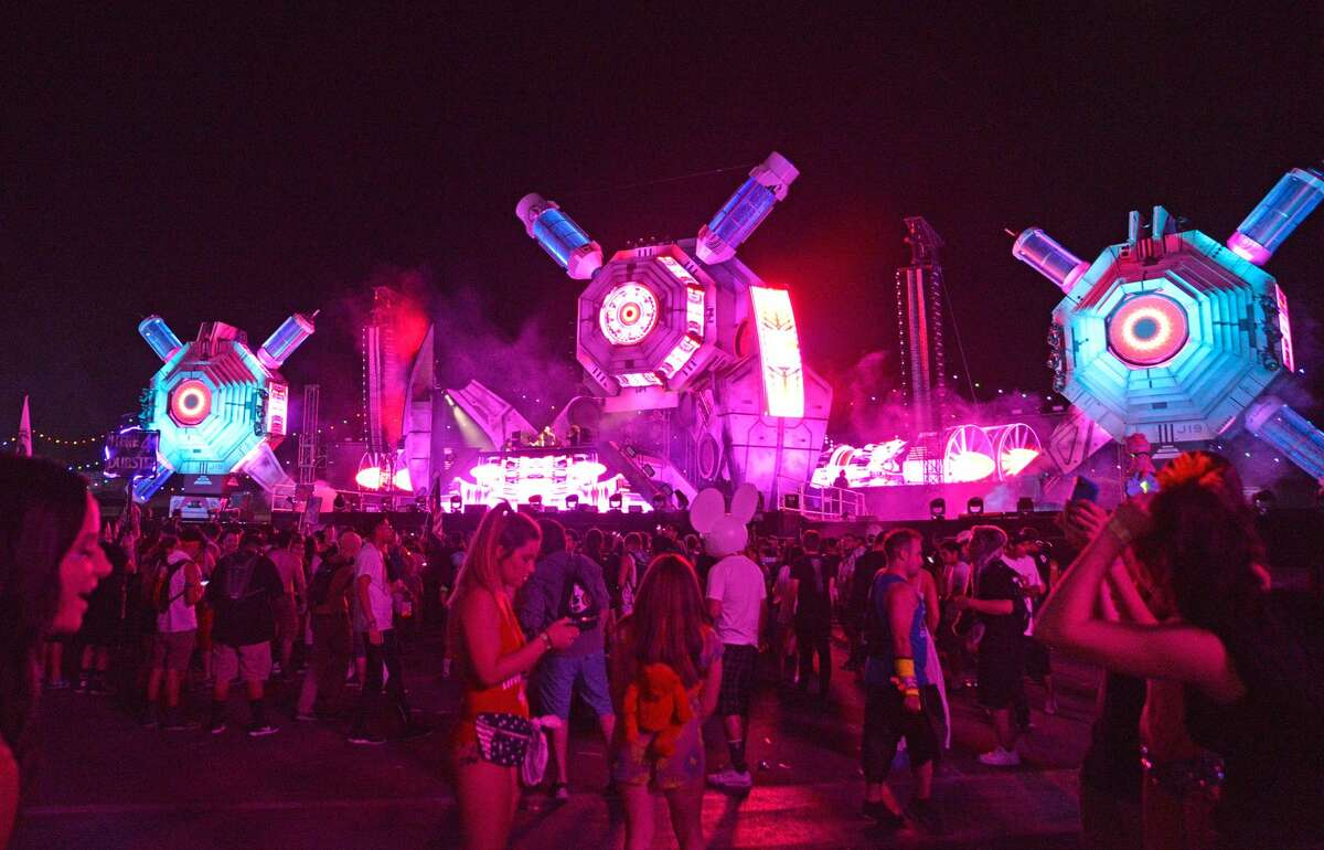 Atmosphere shot during the 20th annual Electric Daisy Carnival at Las Vegas Motor Speedway on June 17, 2016.