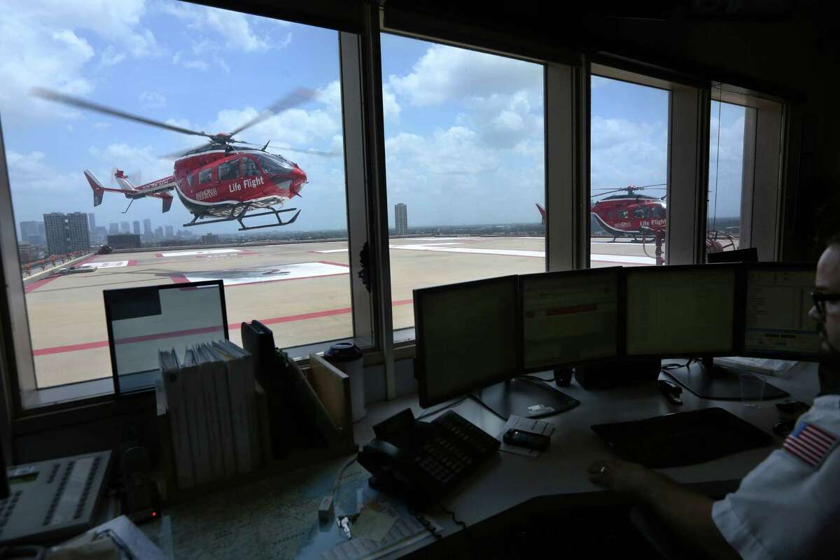 LifeFlight takes off from the Texas Trauma Institute at Memorial-Hermann on Tuesday, July 7, 2015, in Houston. ( Mayra Beltran / Houston Chronicle )
