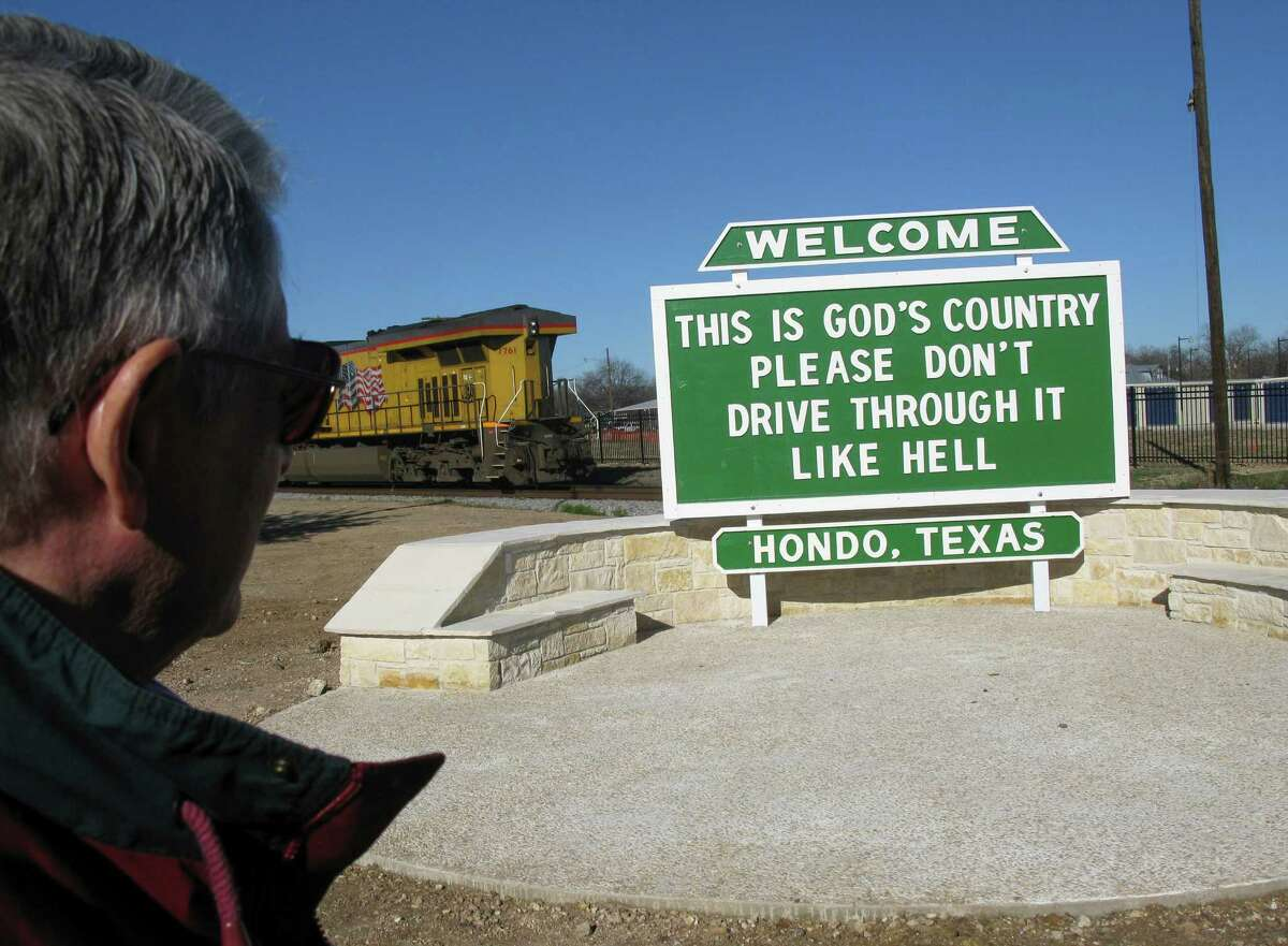 Hondo Mayor Jim Danner, shown in 2012, said he has been overwhelmed with expressions of support for the signs.