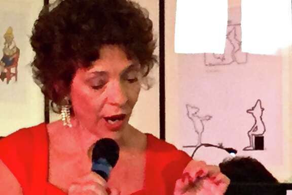 "Lua Hadar singing in ""When in Rome."""