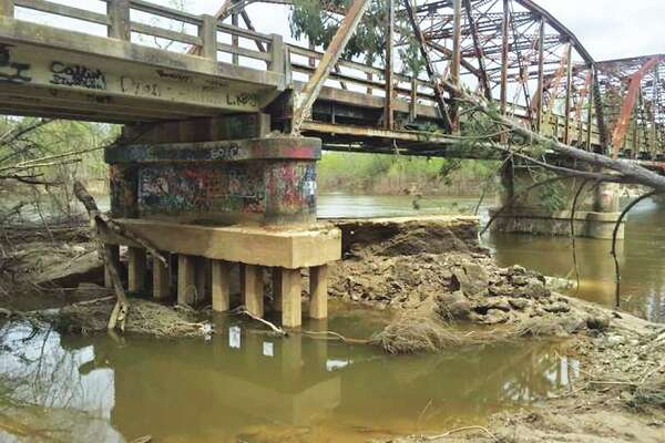 Newton County Bridge needing rebuilding