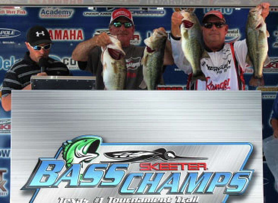 Anglers of the Year and 420,000 winners Elshout and price photo courtesy Bass Champs