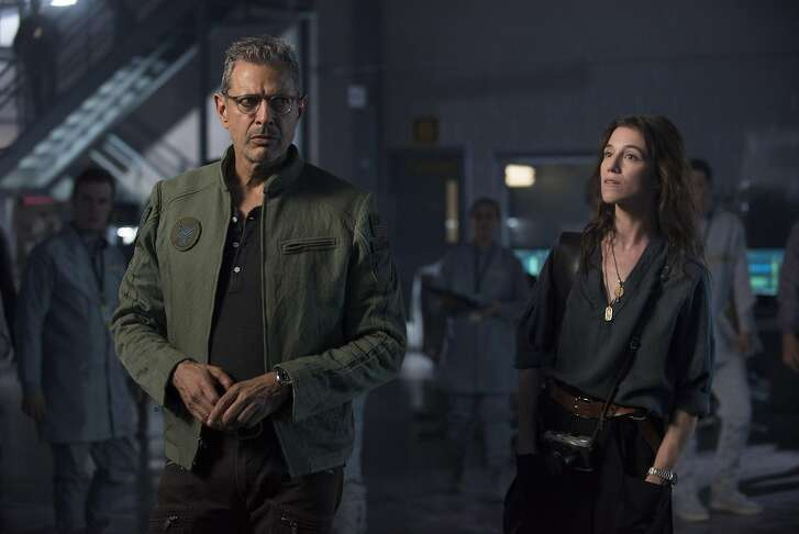 """Dr. Catherine Marceaux (Charlotte Gainsbourg) and David Levinson (Jeff Goldblum) investigate some clues about the aliens' imminent attack in """"Independence Day: Resurgence."""" (Claudette Barius/20th Century Fox/TNS)"""